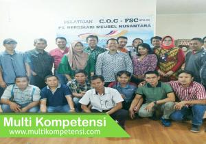 Pengalaman Training & Konsultasi Multi Kompetensi PT berdikari 02 300x211