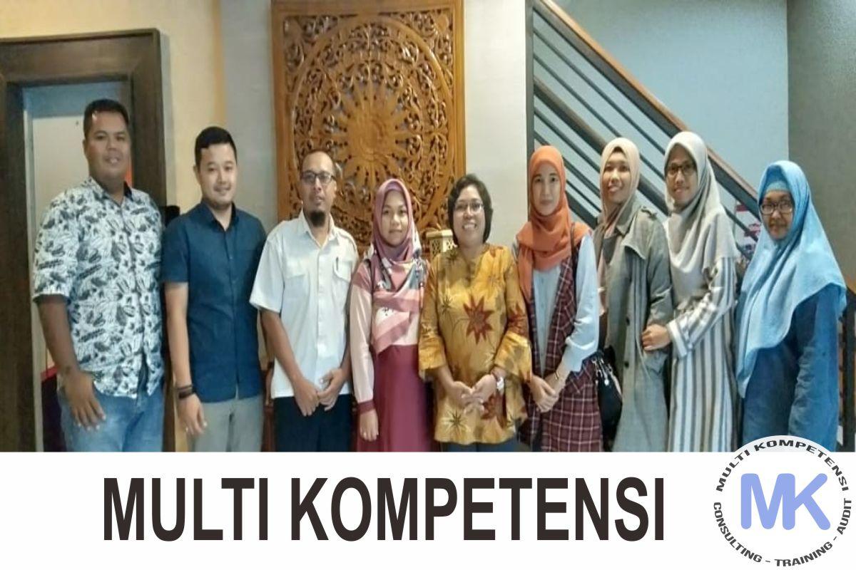 24  Pengalaman Training & Konsultasi Multi Kompetensi 24
